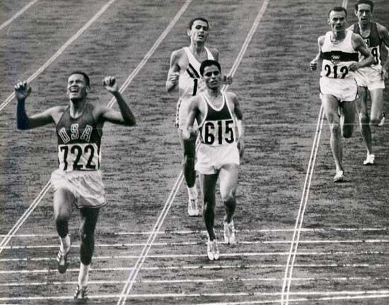 男子10000メートル(Wikipediaより)